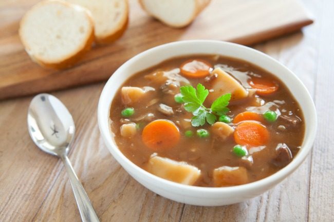 **Slow Cooker Vegetable Beef Soup