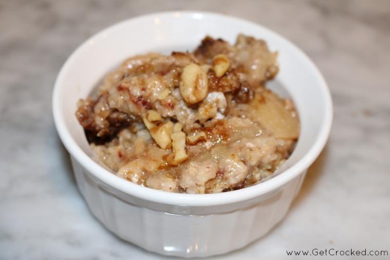 Slow Cooker Apple Oatmeal