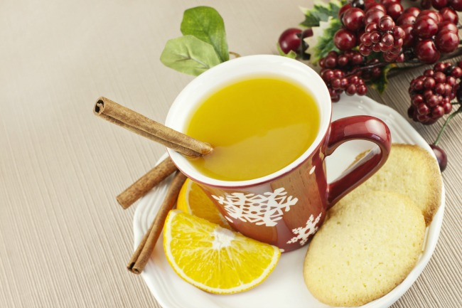 **Slow Cooker Holiday Wassail