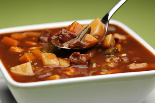 **Slow Cooker Kansas City Steak Soup