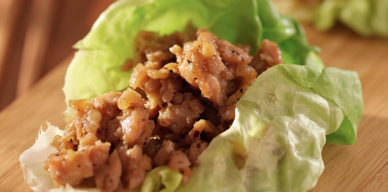 Slow Cooker Chicken Lettuce Wraps * *