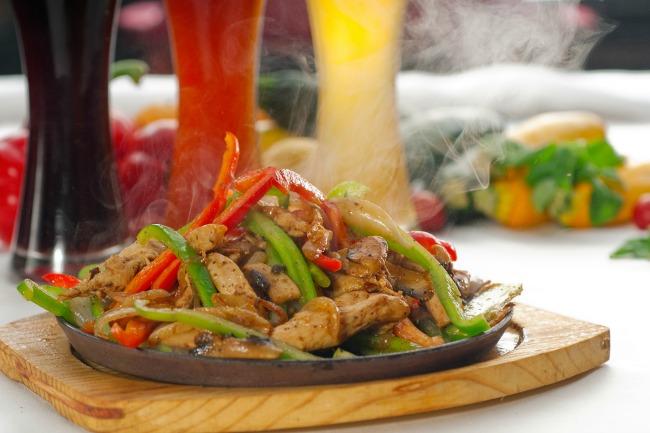 **Slow Cooker Steak Fajitas (Pork or Chicken)