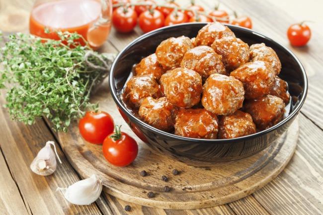 Slow Cooker Best Meatballs * *