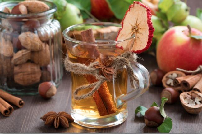 Slow Cooker Apple Cider Spiced Punch **