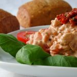 **Slow Cooker Tomato and Cream Cheese Dip