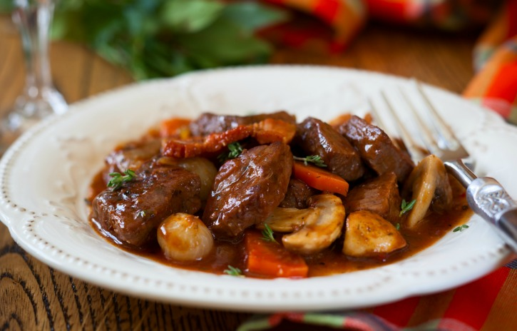 how to make beef in red wine sauce