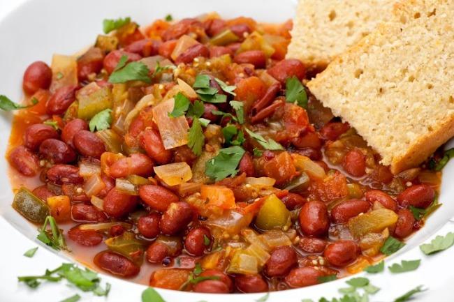 **Slow Cooker Bean and Cornbread Casserole