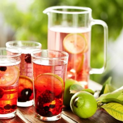 **Slow Cooker Berry Lemonade Tea