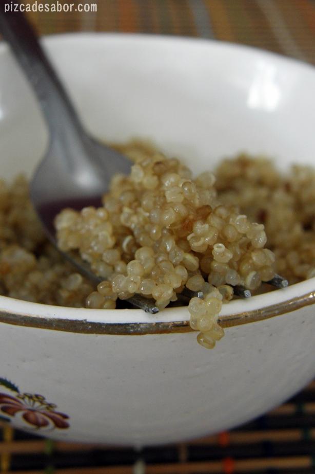 Clean eating banana quinoa