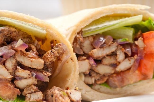 **Slow Cooker Greek Pita Chicken Sandwich