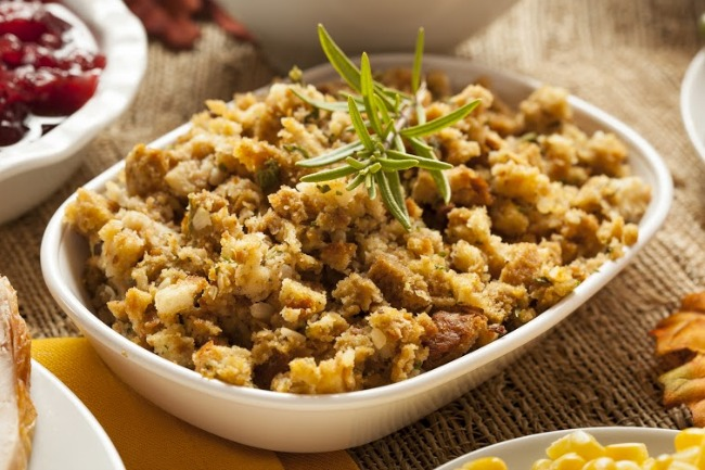 **Slow Cooker Homemade Thanksgiving Stuffing