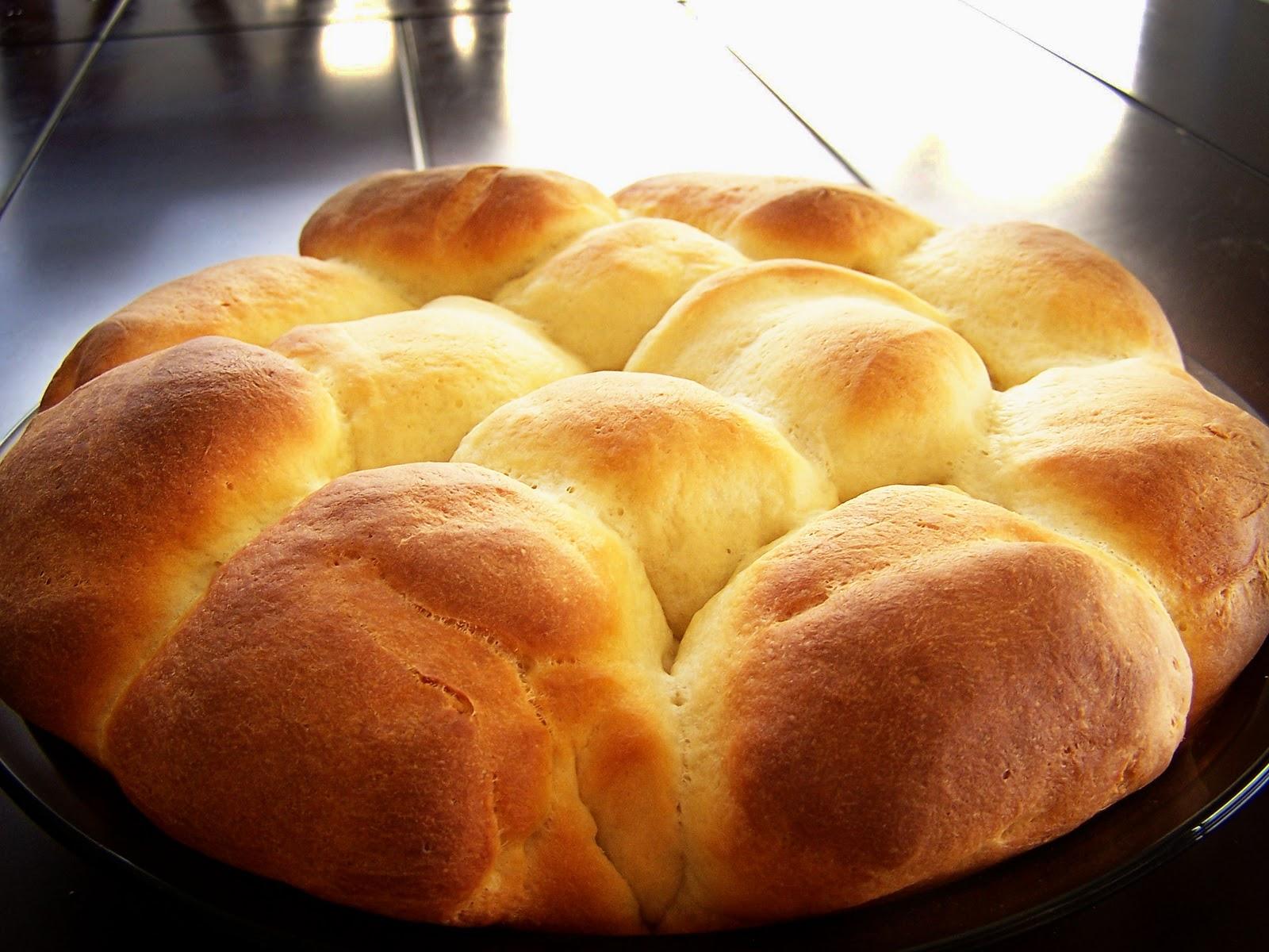 Apple Cinnamon Yeast rolls