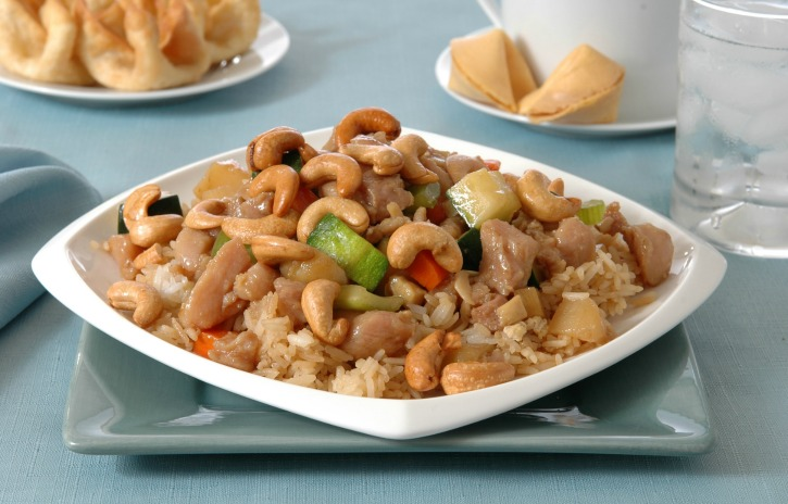 **Slow Cooker Paleo Cashew Chicken